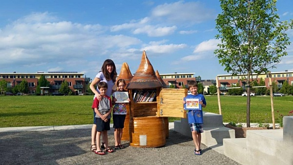 Little Lending Library